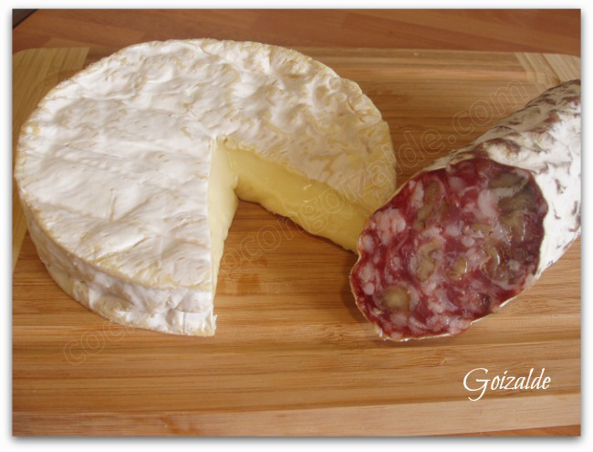 tosta-salchichon-queso1